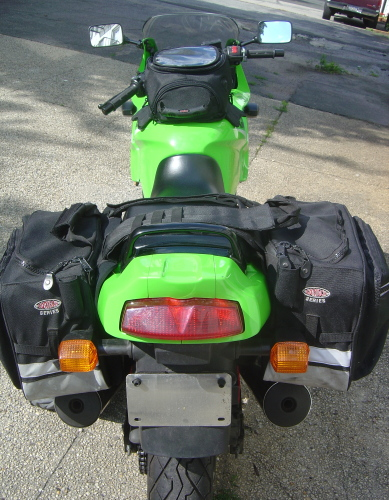 [green ninja rear view]